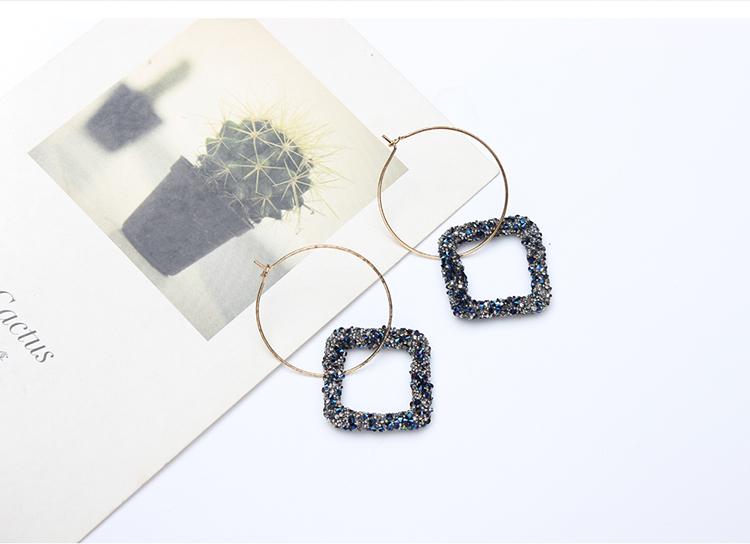 Korean version of the exaggerated ring square earrings (white) NHNPS4728