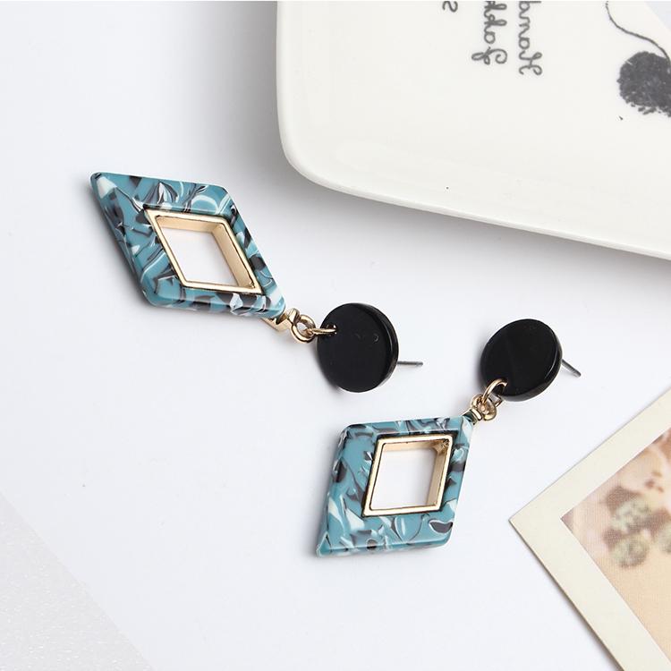 Korean temperament cold wind geometry rhinestone earrings (ink green) NHNPS4705