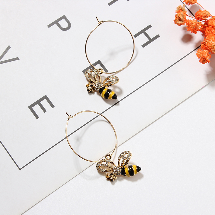 Korean version of the cute ring little bee (black + yellow) NHNPS4764