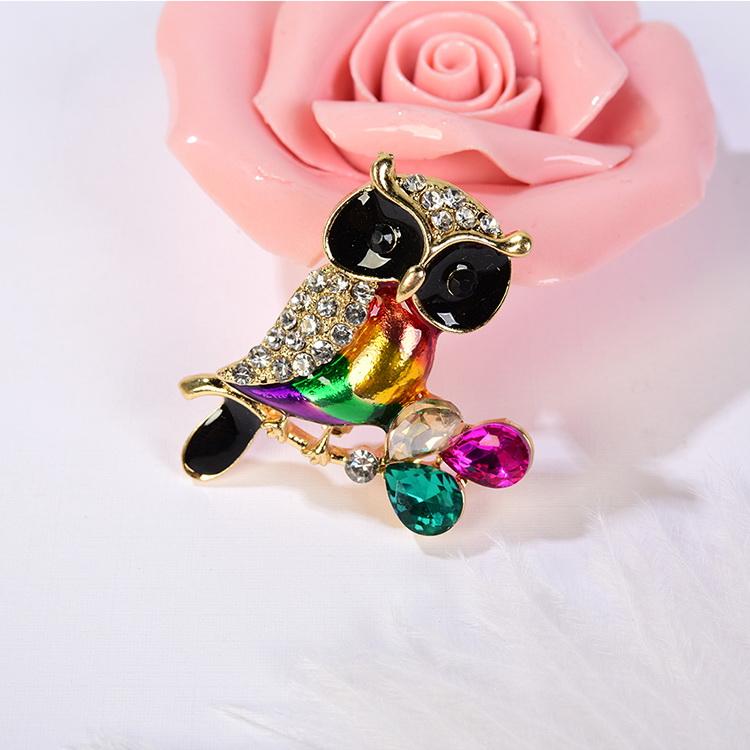 Korean version of the personality cool rhinestone cat avatar brooch NHNPS5188