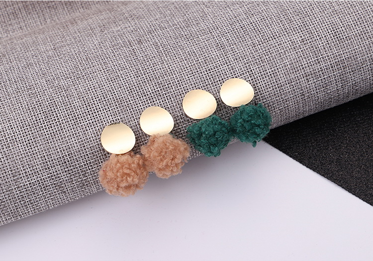 Korean version of the women s wild round ball earrings (red) NHNPS5239