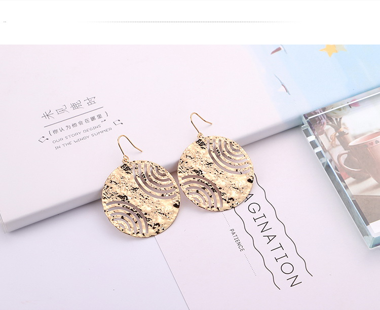 European and American fashion creative exaggerated round earrings (imitation alloy) NHNPS5325