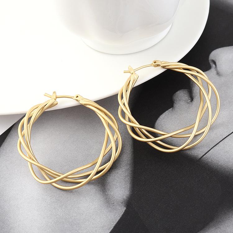 Pendientes coreanos al por mayor de moda escarchado viento real oro círculo aro malla hueca pendientes NHPS185092