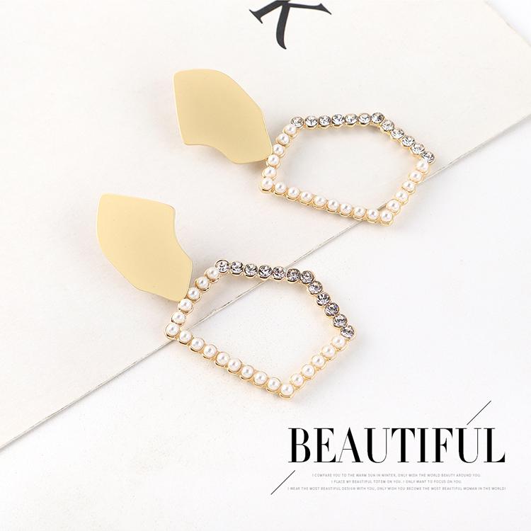 Aretes de plata con perlas huecas chapadas en oro retro de la moda coreana S925 NHPS193539