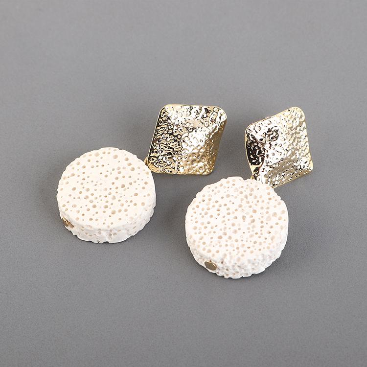 Aretes de plata S925 de piedra redonda creativa de moda chapada en oro NHPS193529