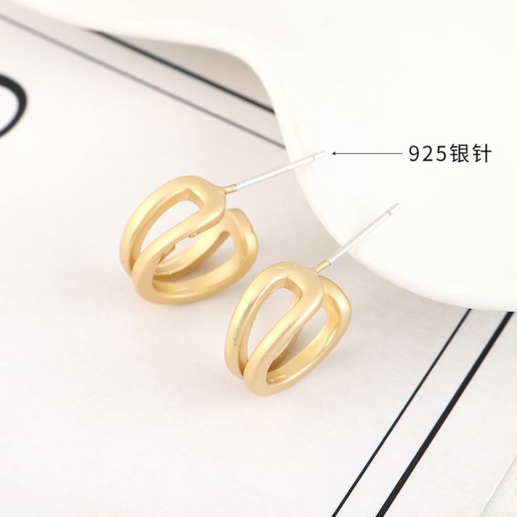 Aretes de plata S925 huecos simples chapados en oro de moda coreana NHPS193524
