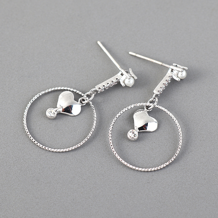 Simple and compact fashion gold plated wild heart hollow S925 silver pin earrings NHPS203162