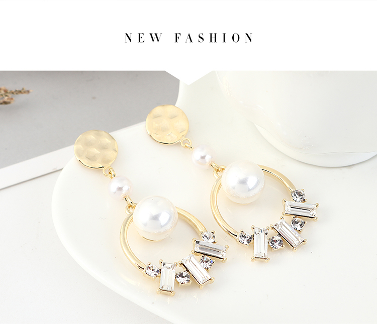 Korean fashion retro wild gold-plated temperament pearl S925 silver earrings NHPS203168