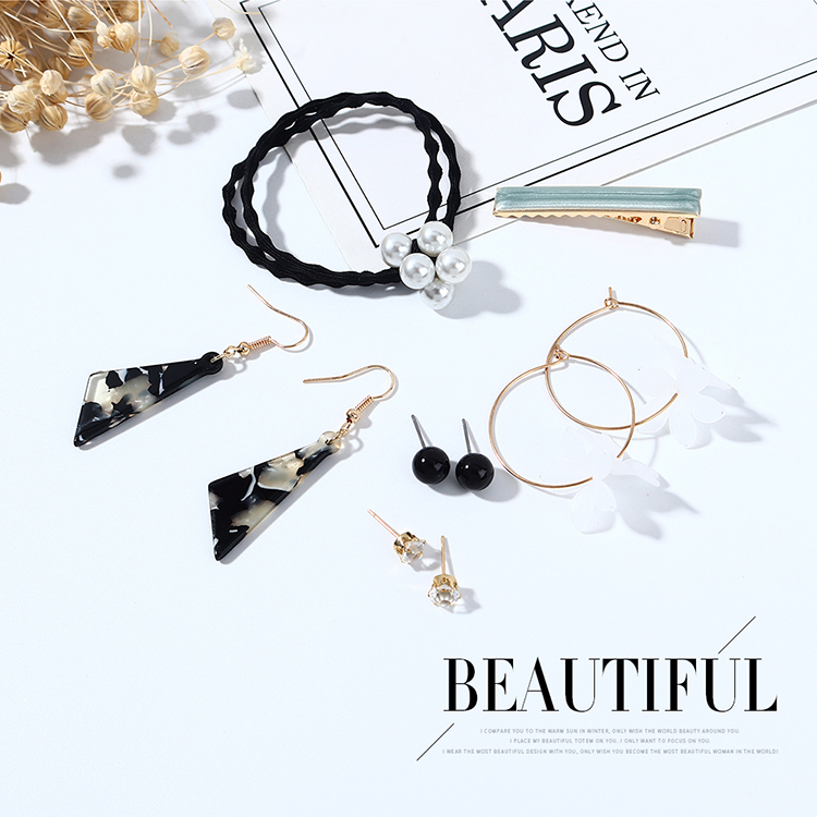 New fashion wild retro flower earrings hairpin set nihaojewelry wholesale NHPS214687