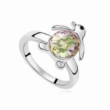 奥地利水晶戒指--小企鹅(夜光绿)