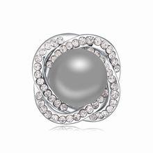 奥地利珍珠胸针--花中情(深灰)