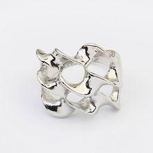 欧美朋克风格个性扭曲戒指(白金)