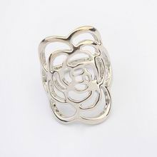 欧美朋克风格花朵图案戒指(白金)