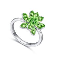 奥地利水晶戒指--倚叠如山(橄榄)
