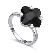 奥地利水晶戒指--琼花玉叶(黑色)