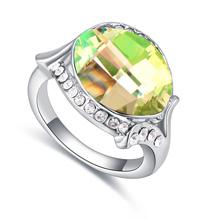 奥地利水晶戒指--粉妆玉琢(金色魅影)