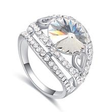 奥地利水晶戒指--春色撩人(白色)