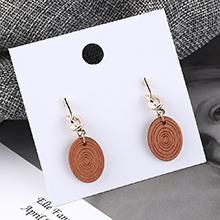韩版百搭时尚个性圆木螺旋状耳环(咖啡)