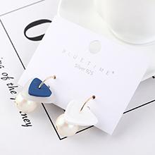 韩版百搭创意时尚镀真金小三角珍珠S925银针(蓝色)